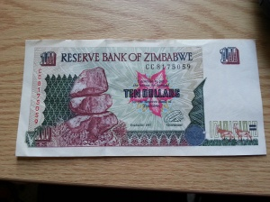 Just in case you think I have gone crazy with my Scrooge manner - $2 Zim in those days was not a bad sum - about 2 years before Hyperinflation kicked in